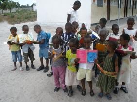 OrphansAfricaMarilynnSchoolStudents2